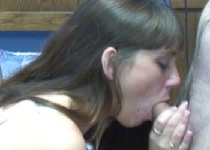 Samantha sucking dick at a party